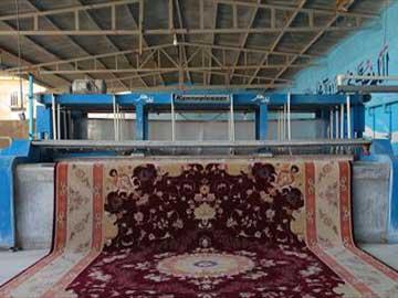 قالیشویی در اطراف سنایی