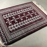 قالیشویی در میدان کتابی