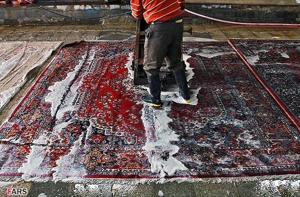 قالیشویی در منطقه سنایی
